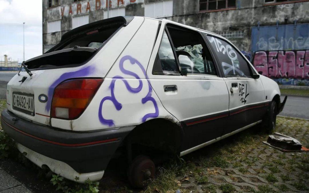 Cientos de coches abandonados en A Coruña, retirados de las calles