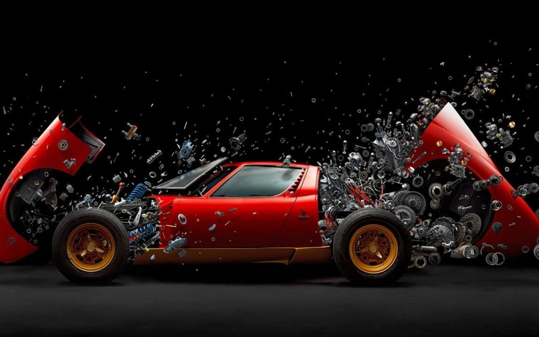 Oefner, el fotógrafo que desintegra coches deportivos
